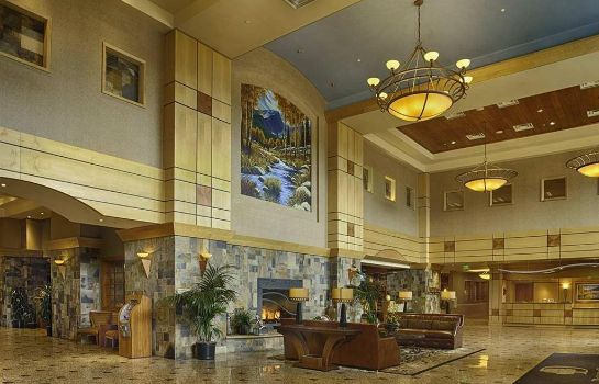 Lobby DoubleTree by Hilton Denver - Stapleton North