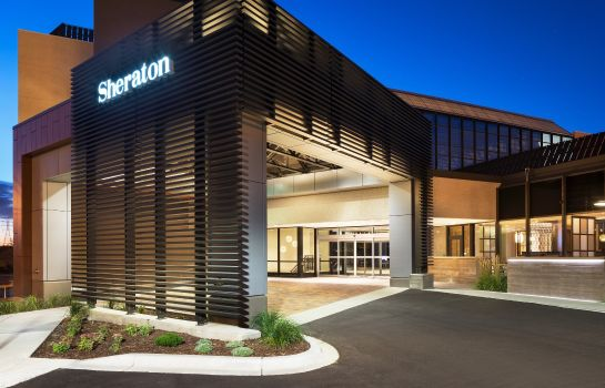 Exterior view Sheraton Bloomington Hotel
