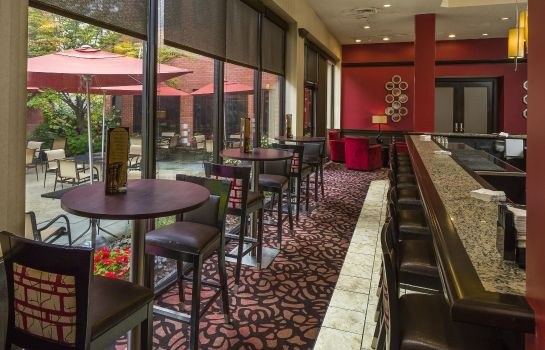Restaurant DoubleTree by Hilton Boston-Andover