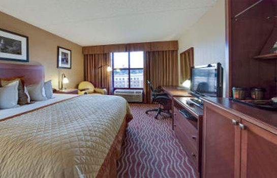 Suite WYNDHAM BOSTON CHELSEA
