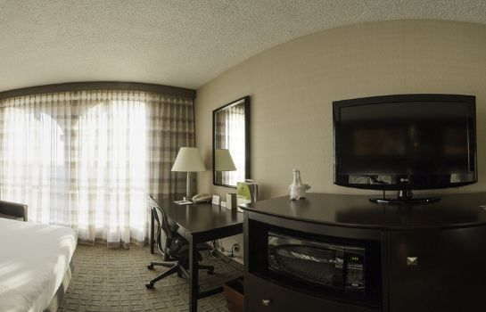 Room DoubleTree by Hilton Dallas - Market Center