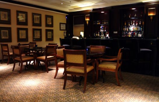 Hotelbar Best Western Plus Dallas Hotel & Conference Center