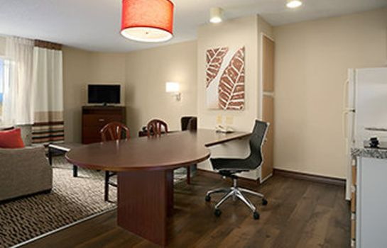 Room Hawthorn Suites by Wyndham Chicago Schaumburg