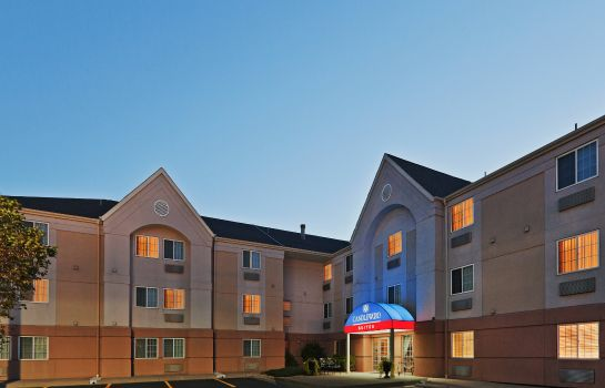 Exterior view Candlewood Suites WICHITA-AIRPORT