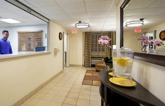 Hotelhal Candlewood Suites CHARLOTTE-UNIVERSITY