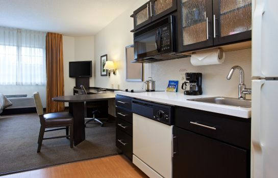 Info Candlewood Suites CHARLOTTE-UNIVERSITY