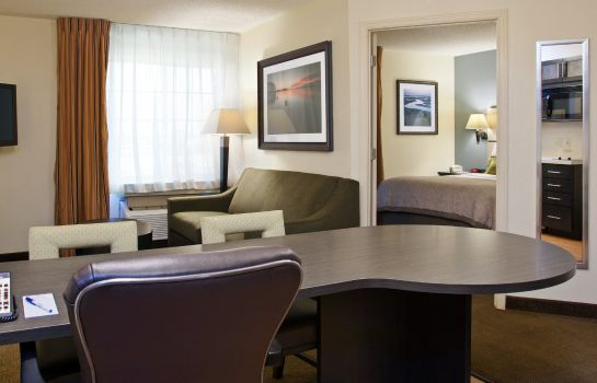 Zimmer Candlewood Suites CHARLOTTE-UNIVERSITY
