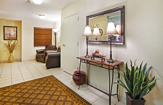 Hotelhalle Candlewood Suites KNOXVILLE