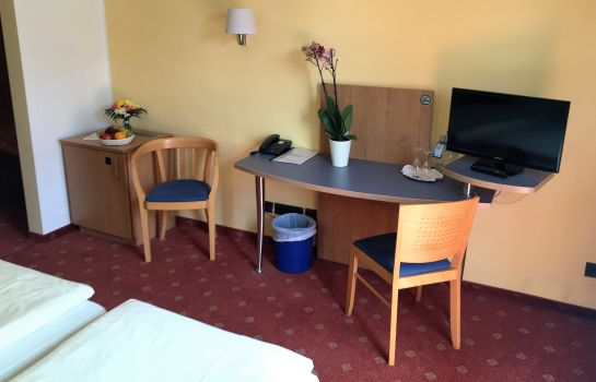 Double room (superior) Ambiente