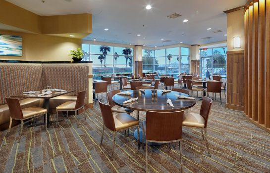 Restaurant DoubleTree by Hilton San Francisco Airport North