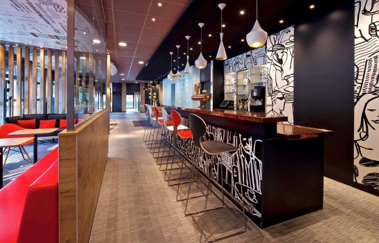 Hotel-Bar ibis Hamburg Airport