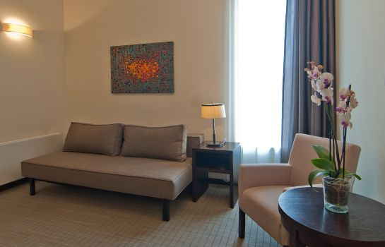 Suite Hotel Europeum