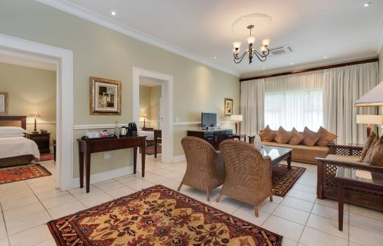Suite Protea Hotel Rustenburg Hunters Rest