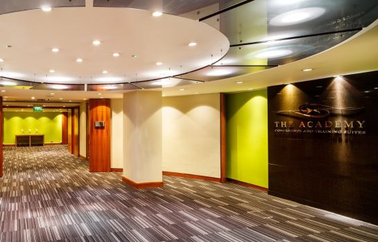 Hall de l'hôtel Holiday Inn LONDON - BLOOMSBURY