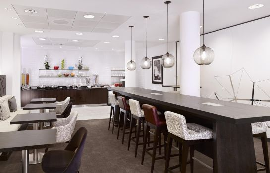 Hotel bar DoubleTree by Hilton London -Westminster