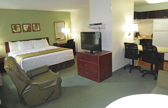 Zimmer Extended Stay America Tuttle