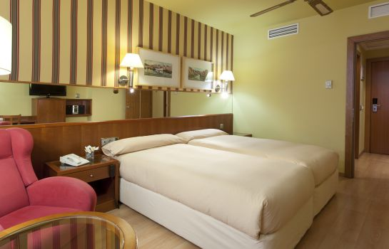 Double room (standard) Senator Barcelona Hotel & Spa