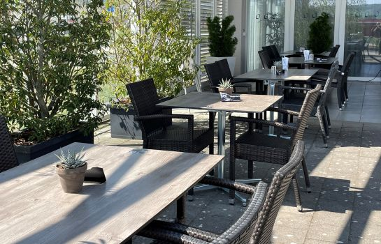 Terrasse Airporthotel Grenchen