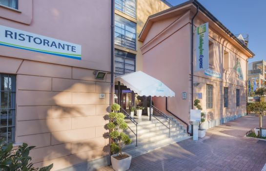 Außenansicht Holiday Inn Express ROME - SAN GIOVANNI
