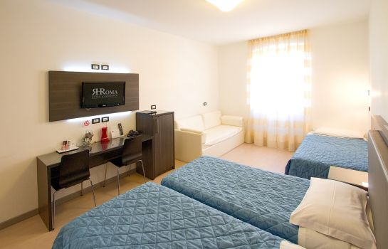 Four-bed room Roma