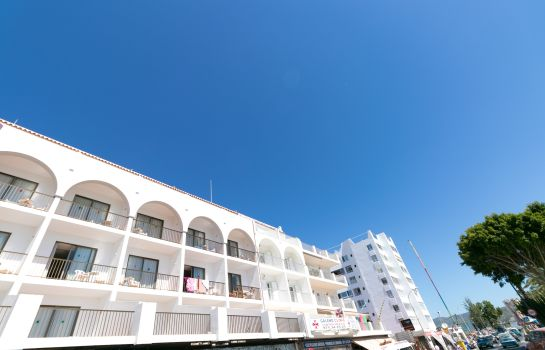 Foto The White Apartments by Ibiza Feeling