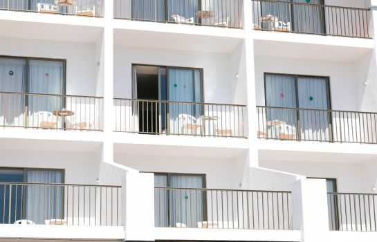 Photo The White Apartments by Ibiza Feeling