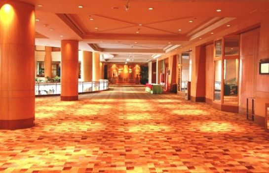 Conference room Miracle Grand Convention Hotel Business Hotel