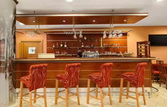 Hotel-Bar Ramada Airport