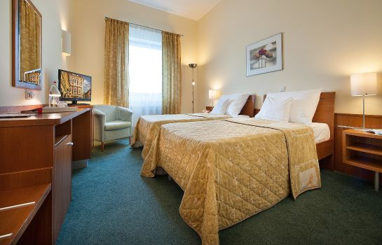 Chambre double (standard) Ramada Airport