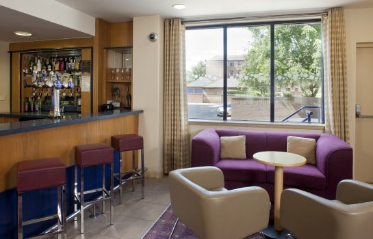 Hotel bar Holiday Inn Express BRISTOL CITY CENTRE