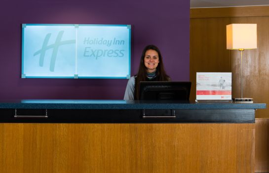 Lobby Holiday Inn Express BRISTOL CITY CENTRE