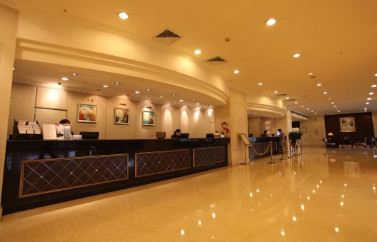 Lobby Rosedale Hotel and Suites