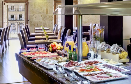 Breakfast buffet Las Torres
