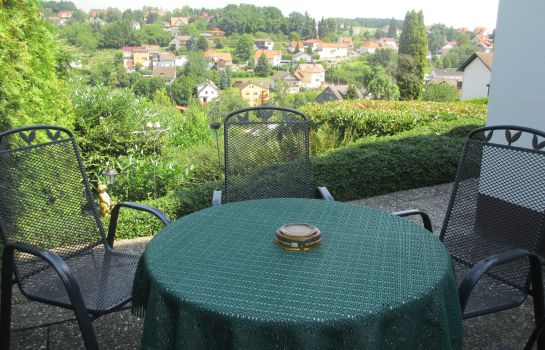 Terrasse Talblick Pension