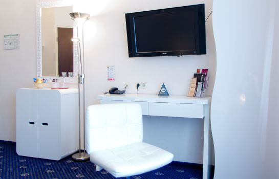 Chambre double (standard) Stadthotel