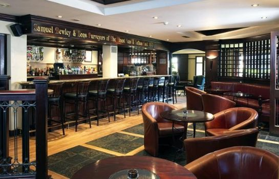 Bar del hotel Maldron Newlands Cross