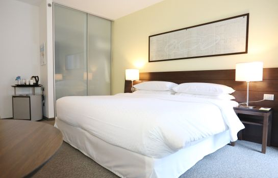 Doppelzimmer Standard Four Points by Sheraton Bolzano