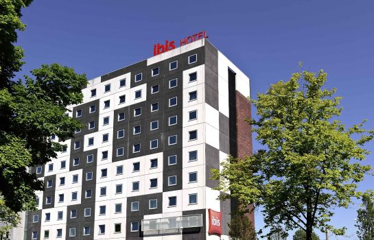 Exterior view ibis Amsterdam City West