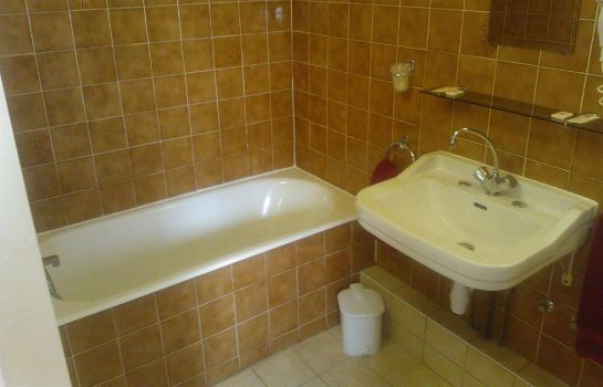Bagno in camera Hotel Aunis-Saintonge