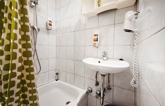 Badezimmer City Pension Storch II.