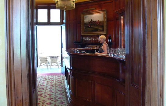 Bar del hotel Chateau Yering Historic House Hotel