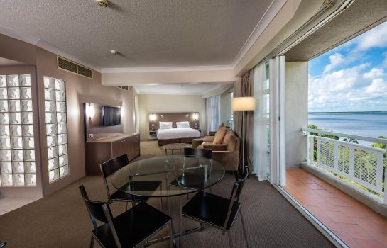 Suite DoubleTree by Hilton Cairns