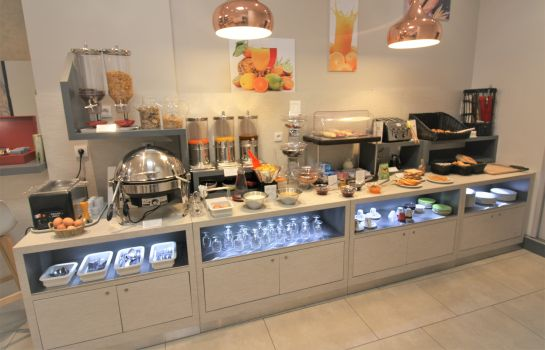 Breakfast buffet Saint Antoine Best Western