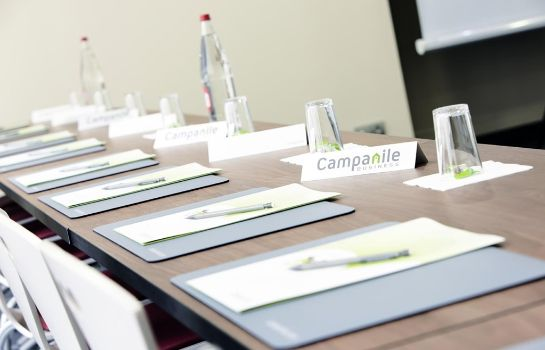 Conference room Campanile Chantilly