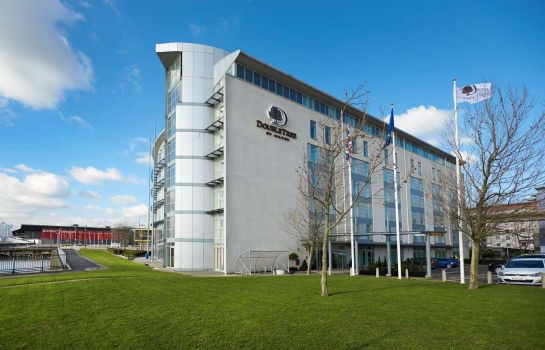 Exterior view DoubleTree by Hilton London Excel