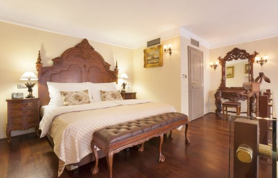 Suite Iron Gate Hotel & Suites