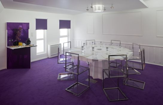 Conference room Internacional Design Hotel