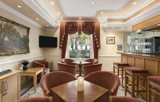 Hotelbar Days Inn Hyde Park