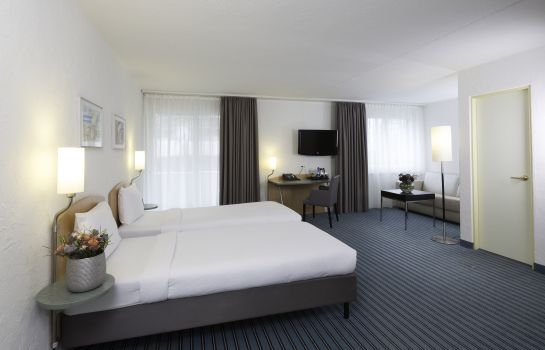 Doppelzimmer Standard Apart-Hotel operated by Hilton