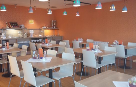 Breakfast room Orange Wings Wiener Neustadt